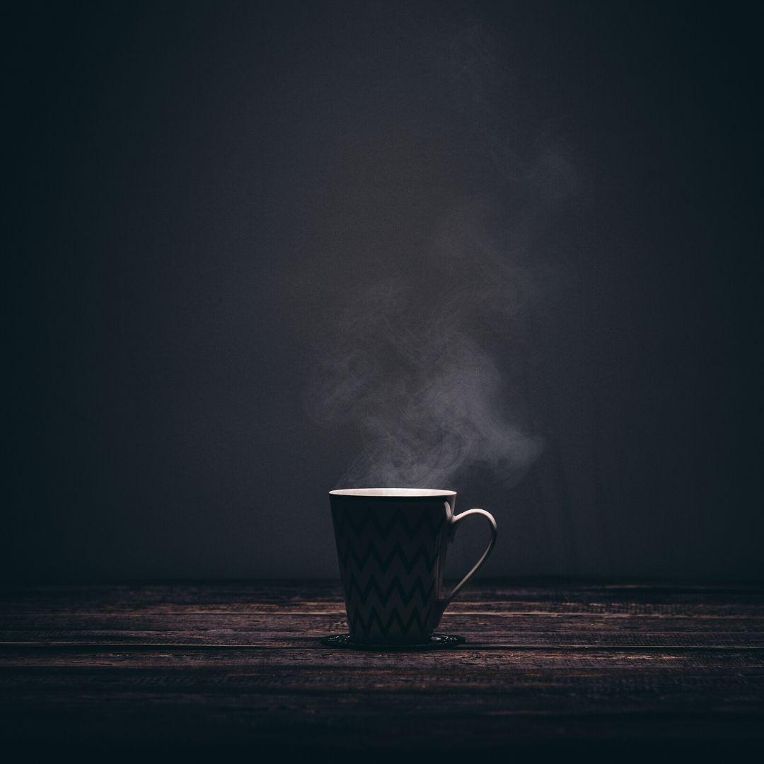 Bere caffè di sera